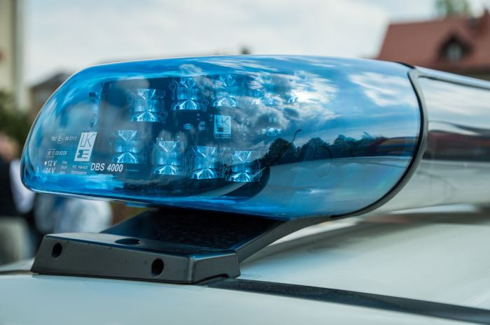 Policja Piaseczno: Zatrzymani w związku z kradzieżą w garażu podziemnym